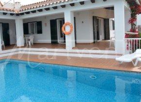 Villa in Son Ganxo with sea views